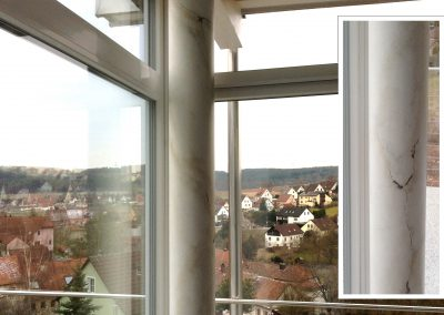 Säule Illusionsmarmor, Einfamilienhaus, Wilhelmsdorf