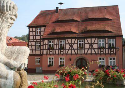 Rathaus, Neuhof a.d. Zenn