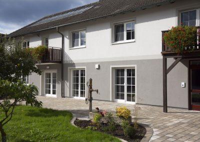Mehrfamilienhaus, Dietersheim